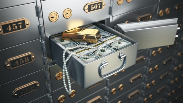 FBI Seizes 800 Beverly Hills Safety Deposit Boxes With $86M, Attorneys Claim Fed's Raid 'Unconstitutional'