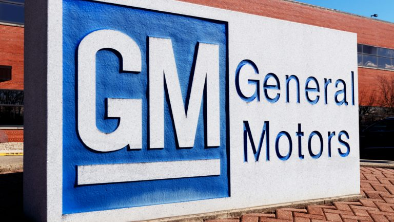 General Motors CEO: 'Nothing Precludes GM From Accepting Bitcoin if There's Consumer Demand'