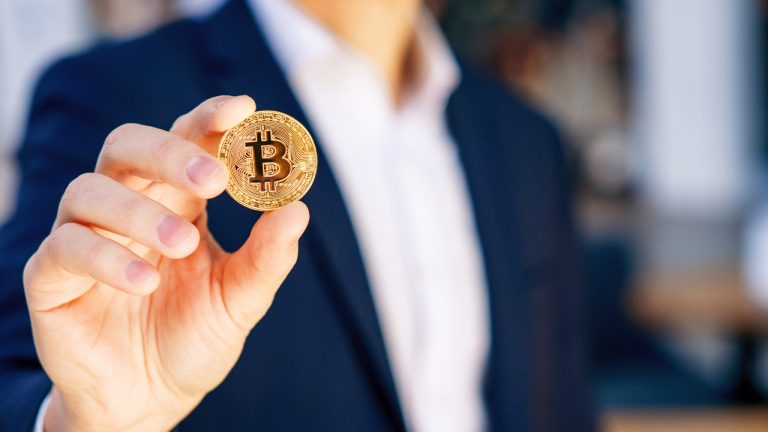 Bitcoin Will Eventually Be Transacted More Than Fiat Currency, Say 35% of Australians Surveyed