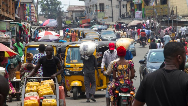 Forex Shortages Force Nigerian Corporates to Turn to Parallel Market