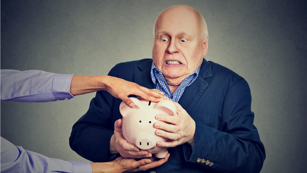 Investors Lost $10,000 on Average to Russian Crypto Pyramid Finiko, Poll Reveals